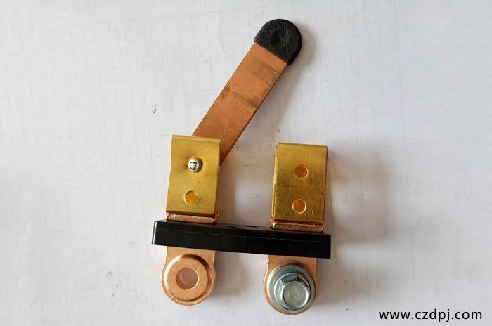 螺丝式闸刀电瓶夹02